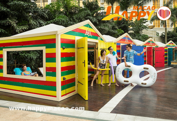 Grand_Resort_Deck_beach_huts_1
