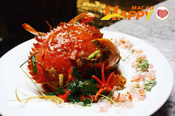 Wok_fried_crab_in_Tom_Yam_sauce_1