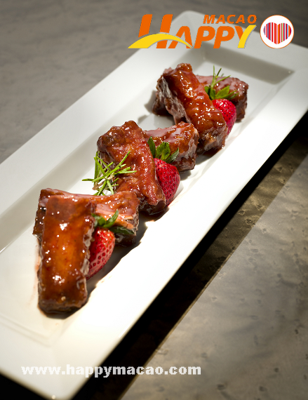 Man_Ho_Spare_Ribs_with_Strawberry_Sauce