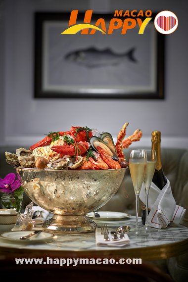 The_Ritz-Carlton_Cafe_Seafood_Platter_1
