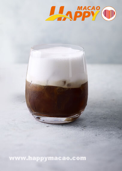 Starbucks_Iced_Espresso_with_Cold_Foam_1