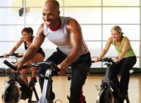 邊發電邊運動  體驗發電健身單車