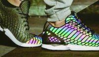 Adidas新鞋鱗光迷幻