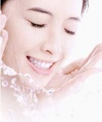 最常犯的洗臉錯誤(一)