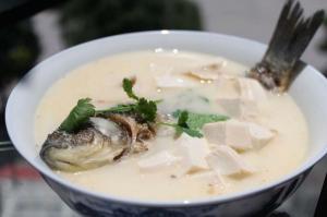 魚湯並非越白越有營養