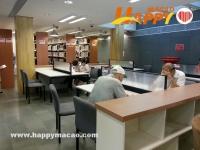 有郵筒的紅街巿圖書館?!