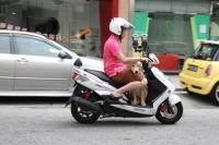 電單車危險駕駛動作勿亂試