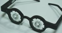 智慧眼鏡 讓矯視日常化