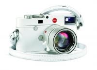 Leica新機配白色冬日