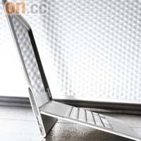 Dell Adamo XPS 9.99mm 激薄藝術